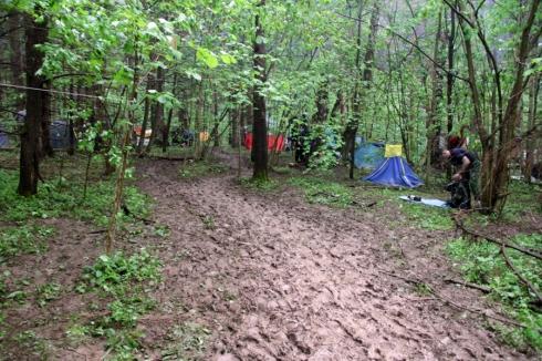утро2 лагерь грязная тропа