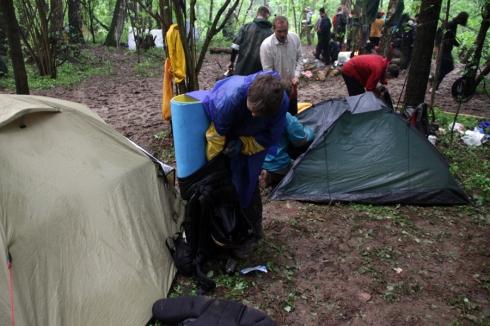 утро2 палатки